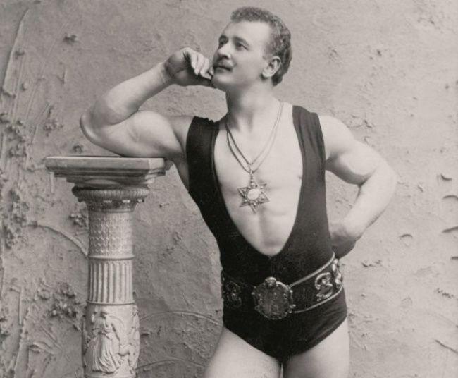 Male Beauty Standards 1900s